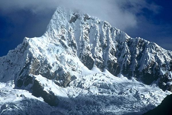 Blancanieves y la Cordilleramental
