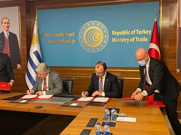 Bustillo en Turquía: Potenciar la cooperación y comercio bilateral entre los países
