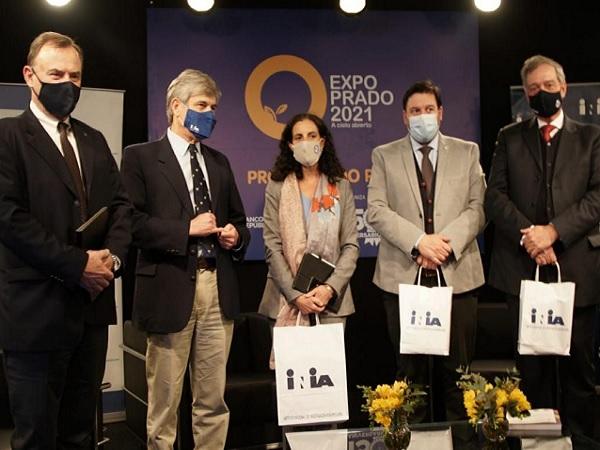 Arbeleche en la Expo Prado: La política económica incorpora el tema ambiental