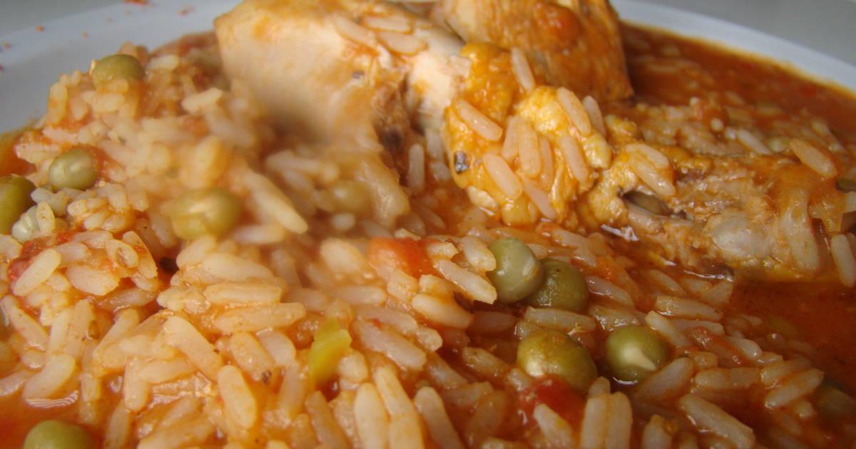 ¿Qué te parece hacer un guisito de arroz con pollo?