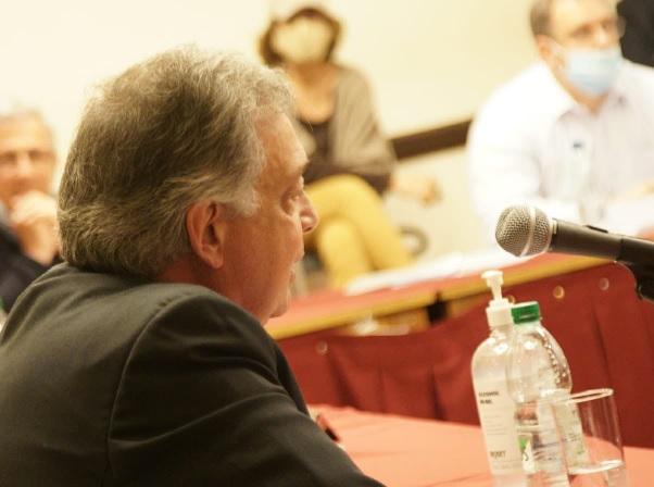 El ministro Mattos es presidente honorario de la Cámara Mercantil