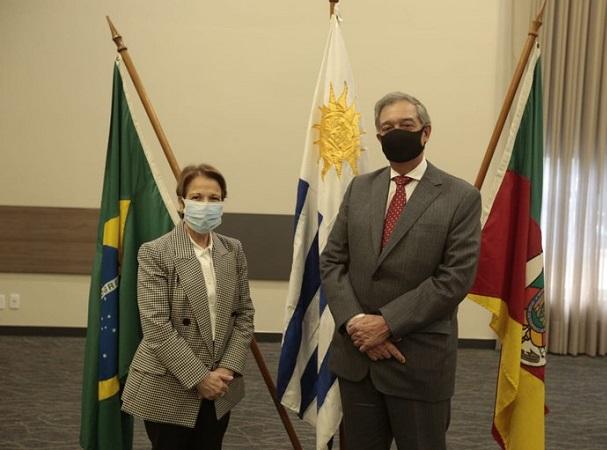Mattos dijo que Uruguay continuará vacunando contra la aftosa