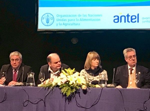 Uruguay no tiene problemas de infraestructura para que la población rural acceda a la tecnología