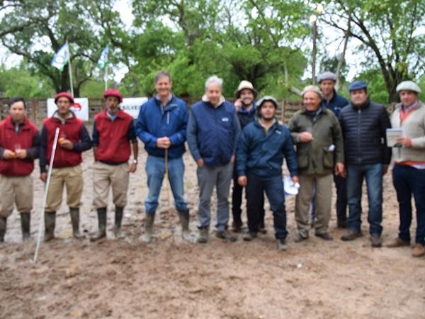 Silveira Negocios Rurales hizo un exitoso remate con los Angus de San Alberto