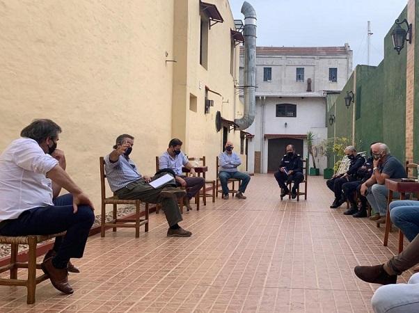 El ministro Uriarte recorrió Nueva Palmira y dialogó sobre temas de interés agrícola