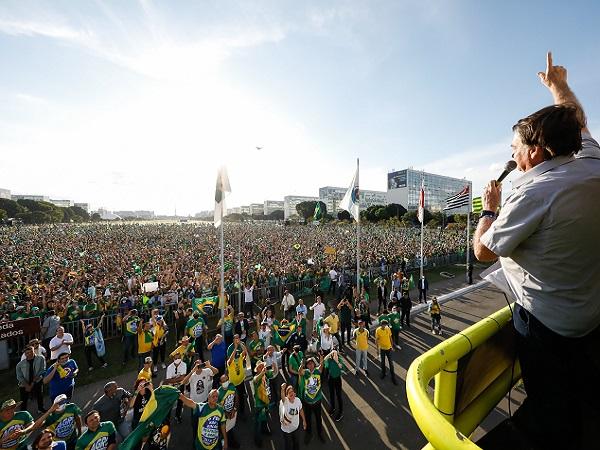 El sector rural de Brasil se manifestó en un multitudinario acto de apoyo a Jair Bolsonaro