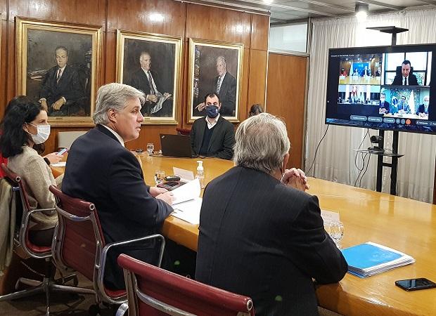 Uruguay anunció conversaciones con terceros para negociar acuerdos comerciales extrazona
