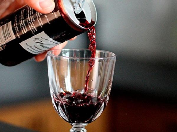 El vino en lata sigue marcando la preferencia de algunos consumidores