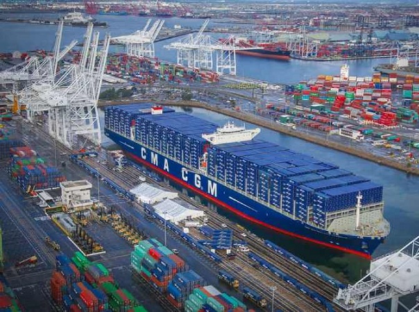 Para descongestionarlos, en Estados Unidos los puertos abrirán 24 horas