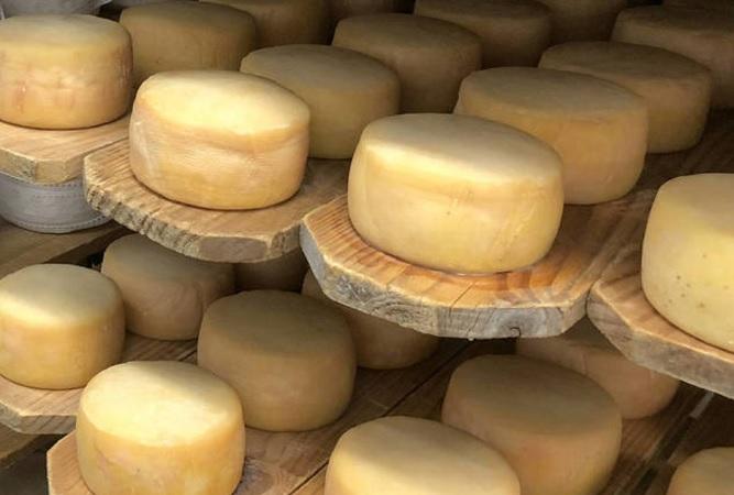 Caída en la venta de quesos