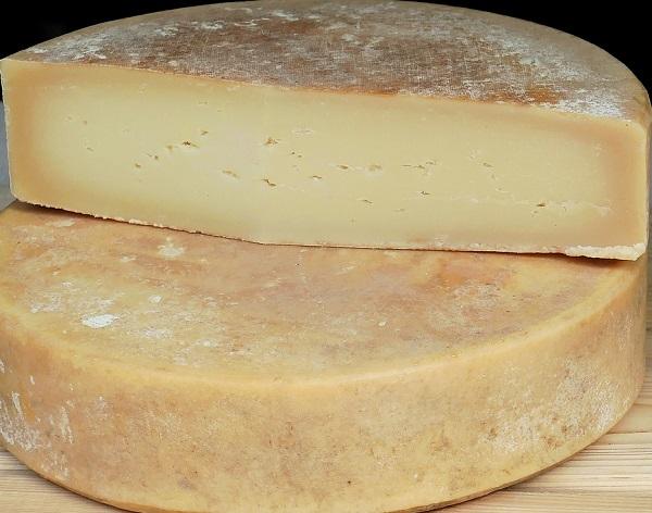 Sigue tranquilo el mercado de quesos